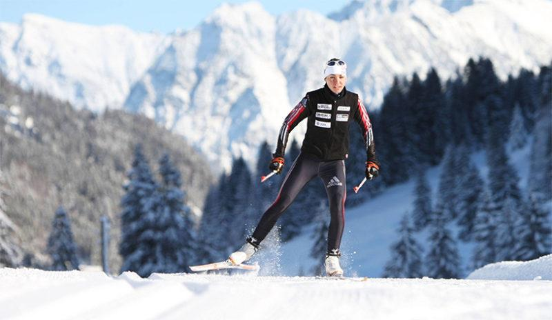 Monitoring trainingload and recovery in XCskiing