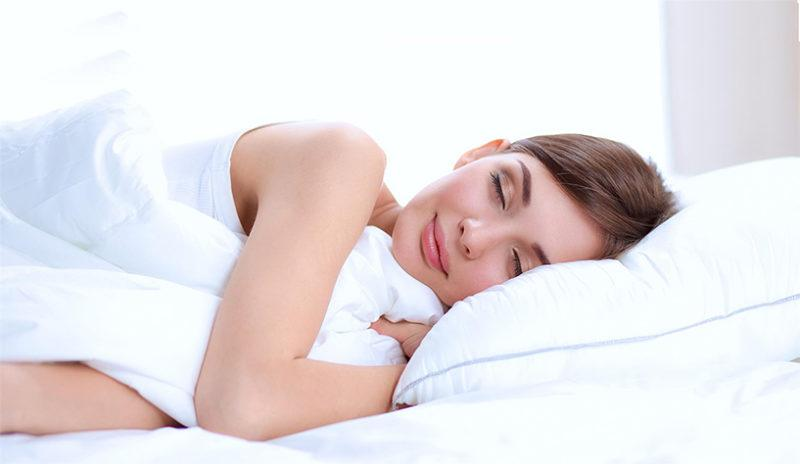 optimize your mind, body and wellbeing by prioritizing a good night's sleep