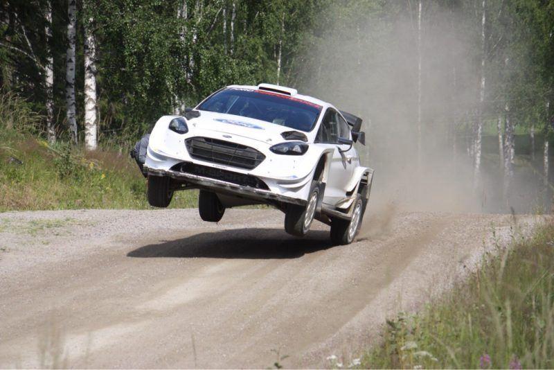 Kilpa-autoilu vaatii kovaa kestävyyskuntoa
