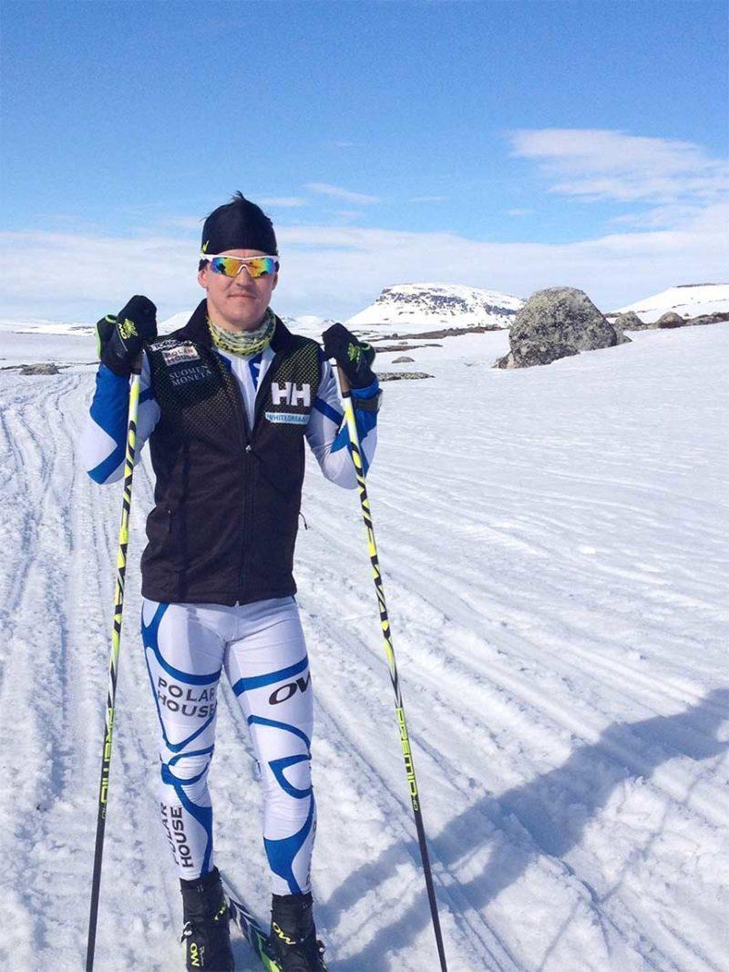 Sami Jauhojärvi jäätiköllä